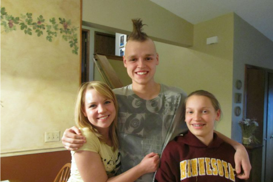 Zach Sobiech with his sisters